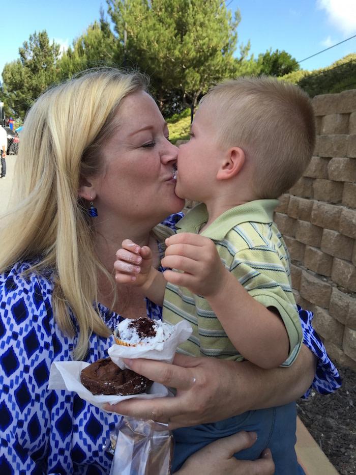 Cupcake kiss