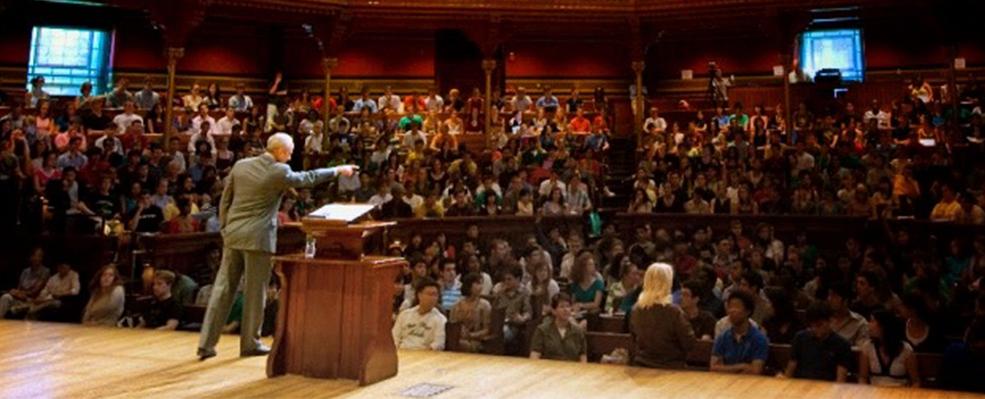 How to Engage Students and Support Learning in Large Classes – Teaching in Higher Ed